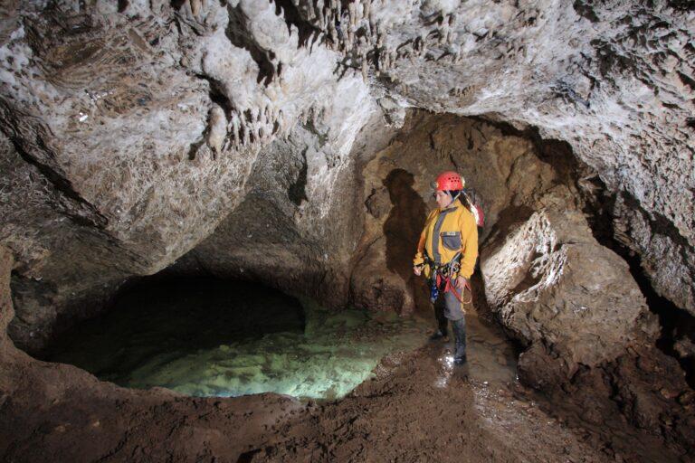 """Las cuevas de """"Karst en Yesos"""" de Sorbas."""